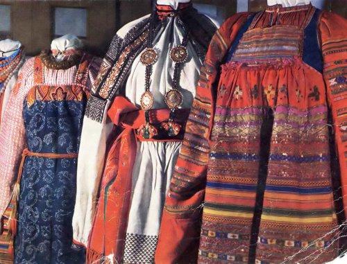 M:\вышивка и вязание\информация с инета\Русский народный костюм » Перуница.files\1263627880_1.jpg