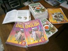 C:\Users\english\Desktop\большая флэха\фотографии для лагеря\с учебниками, книгами)\P6140744.JPG