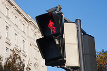 http://upload.wikimedia.org/wikipedia/commons/thumb/d/df/Traffic_Lights_in_Vienna.jpg/220px-Traffic_Lights_in_Vienna.jpg