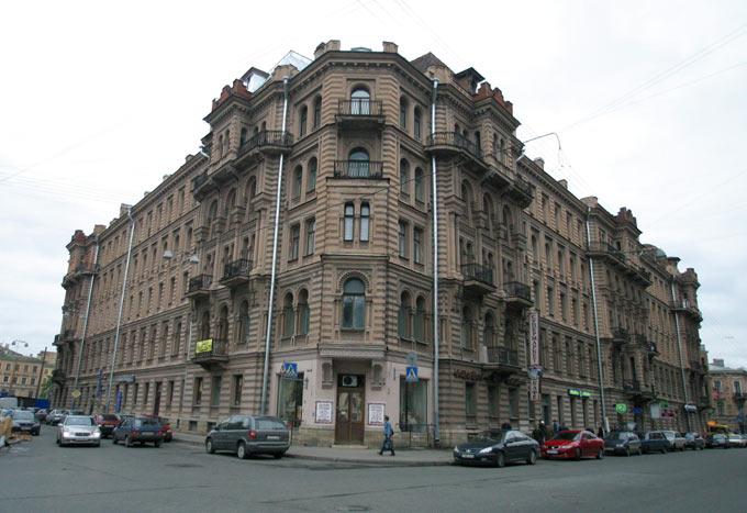 Музей-квартира Бродского должна появиться в Петербурге в сле…