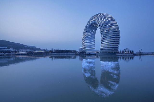 C:\Documents and Settings\Пользователь\Рабочий стол\геометрия\Sheraton-Huzhou-Hot-Spring-Resort-3.jpg