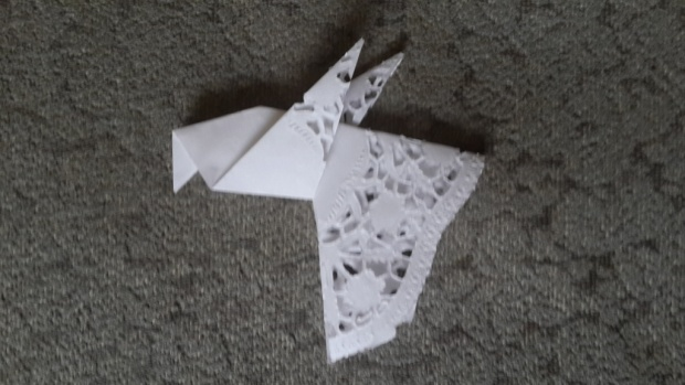 C:\Users\Олеговна\Desktop\НАЧАЛОСЬ\15-16 уч год\урок мира\оригами\20150726_175301.jpg