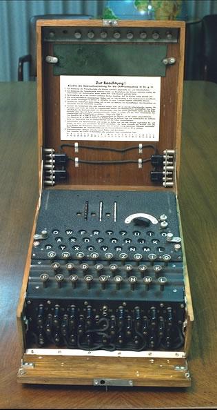http://facweb.cs.depaul.edu/mobasher/classes/it130/history/Enigma.jpg