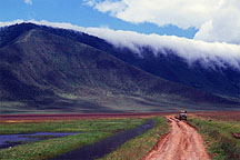 http://exotic-travel-club.ru/files/africa/tanzania_ngorongoro_crater.jpg