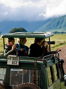 http://exotic-travel-club.ru/files/africa/tanzania_ngorongoro_safari.jpg