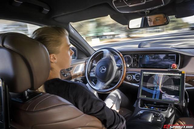http://www.gtspirit.com/wp-content/uploads/2014/11/2015-Mercedes-Benz-S500-Intelligent-Drive-Autonomous-S-Class-640x426.jpg