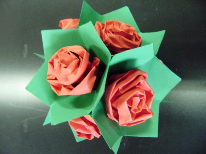 D:\СЁНЯ\Конференция\фото презентация\Оригами-розы (1).jpg