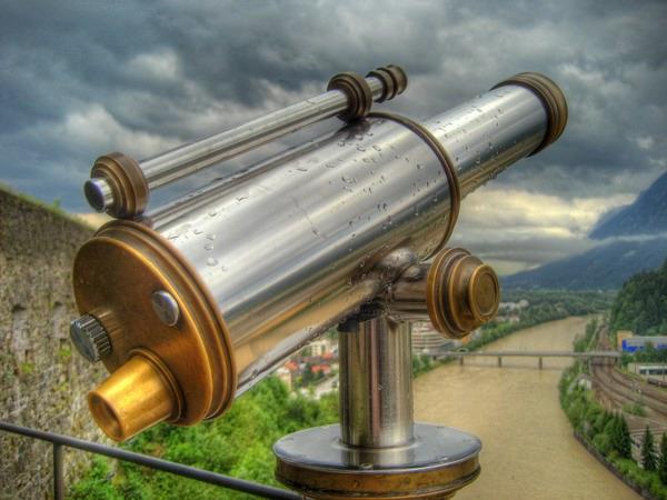 D:\11 класс\Астрономия уроки\телескопы фото, презентации\01 рефрактор.jpg