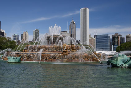 http://www.gothereguide.com/Images/USA/Chicago/Buckingham_Fountain.jpg
