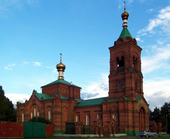 http://petushki-hram.ortox.ru/users/77/1100777/editor_files/image/01864_20070106_031900.jpg
